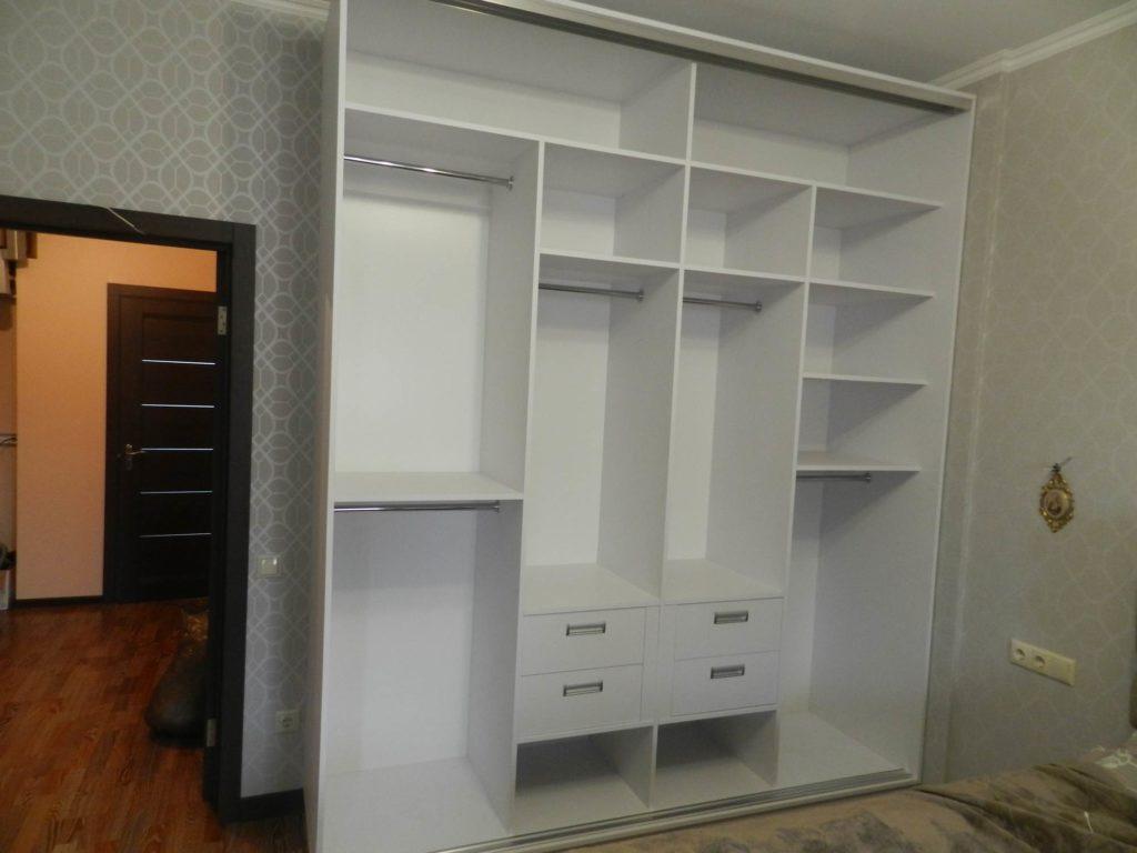 Платан Белые шкафы-купе