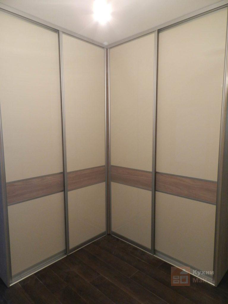 Нордик и Кремовый Угловые шкафы-купе