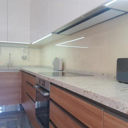 Кухня Визаж